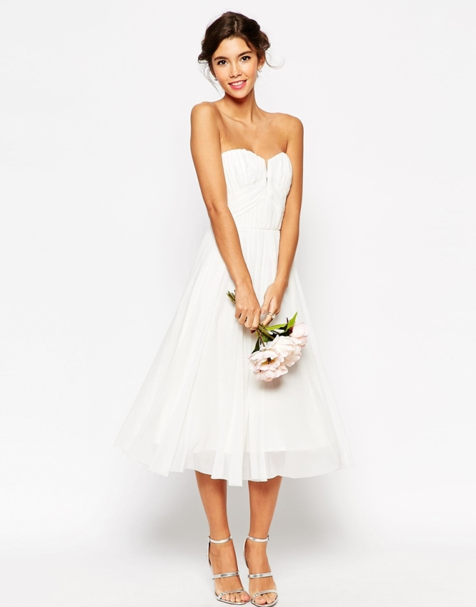 ASOS WEDDING  € 75,34