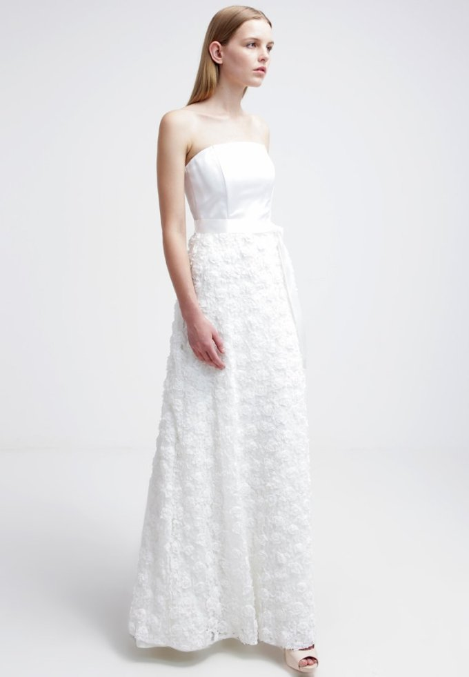 Young Couture Bridal   € 299, 95