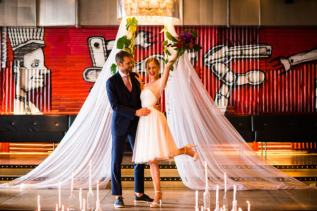 """STYLED SHOOT: """"Urban Red with a touch ofGold"""""""